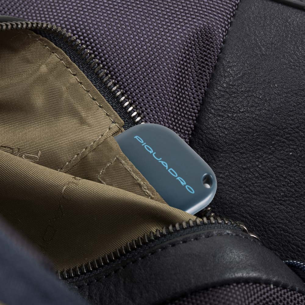 Piquadro Cartella a due manici porta computer-iPad®con CONNEQU e anti-frode RFID Brief Nera