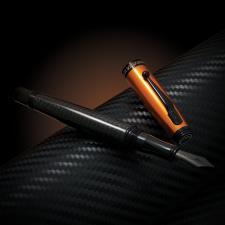 Monteverde Invincia Stilografica Carbon Fiber Arancio - Nero